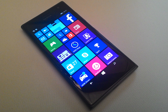 730: Selfie Phone Nokia Lumia for Windows